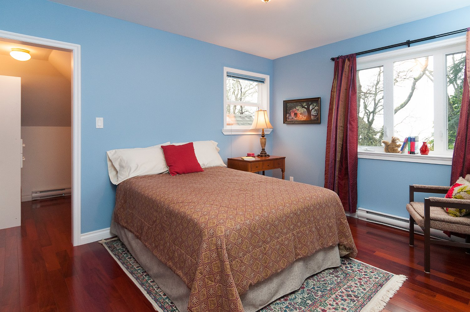 blue bedroom_9508