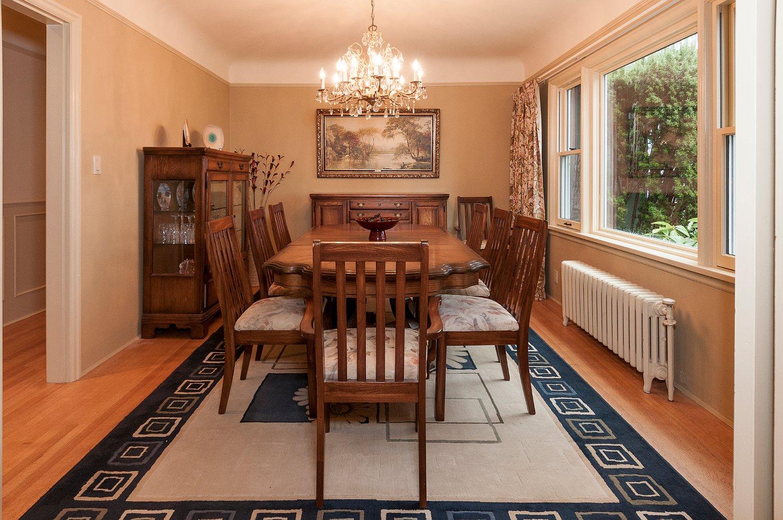 dining room_9400