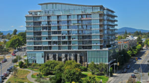 Vibrant Condo in Vic West