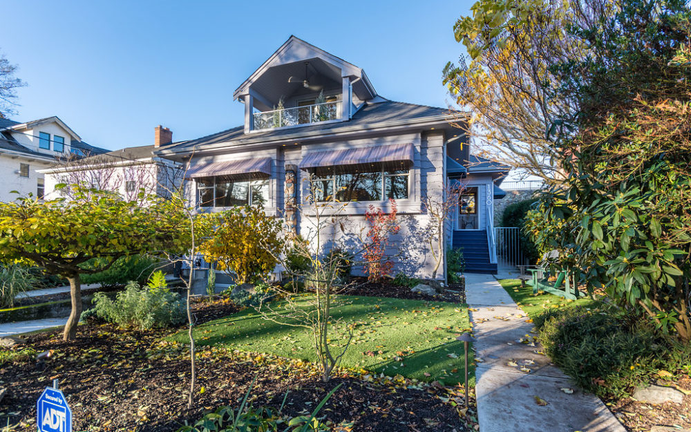 True Gem in Coveted Rockland