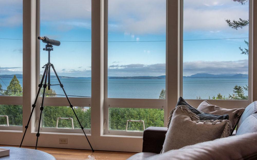 Inspiring Water View Home