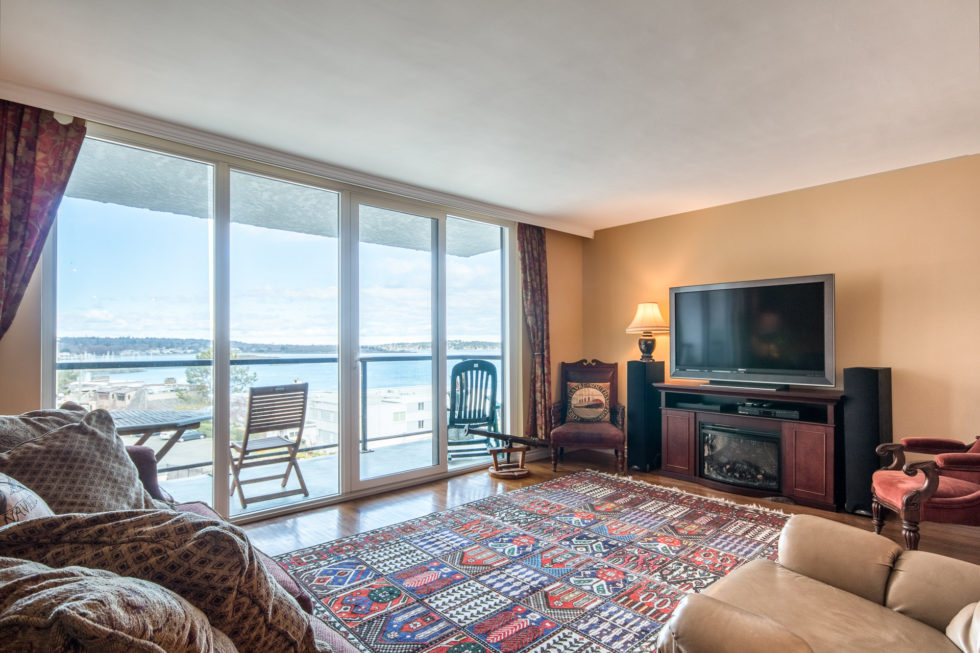 Oceanfront Condo with Amazing Views
