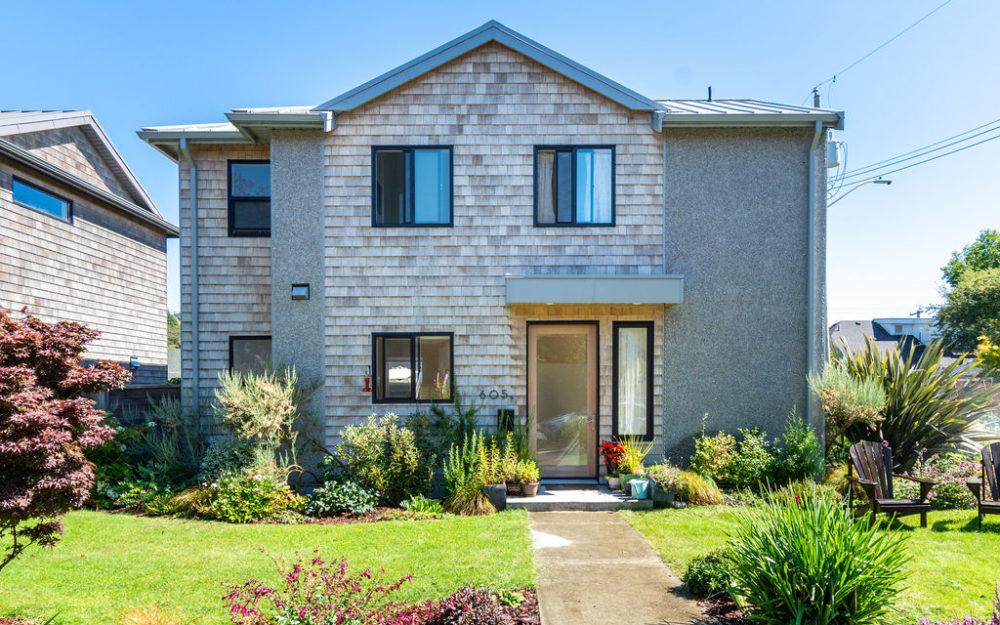 Modern Luxury in the heart of Fairfield